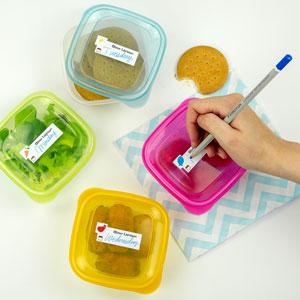 Skrivbara etiketter för flaskor och lunchlådor, med ingredienser