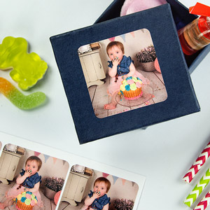 Square Favour Labels with Photo for Parties