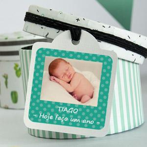 Etiquetas quadradas com foto e moldura para aniversários