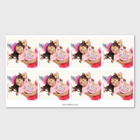 Square labels with photo for birthdays