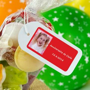 Etiquette anniversaire rectangulaire avec photo et cadre
