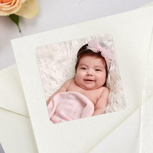 Etiquetas cuadradas con foto para bautizos