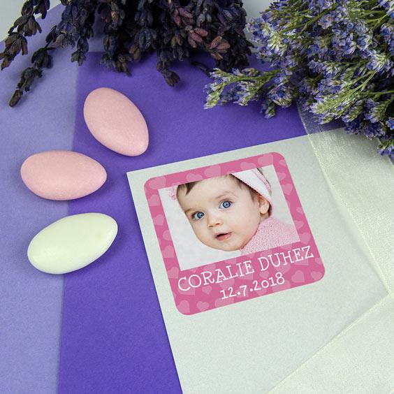 Etiquette baptême carrée avec photo et cadre