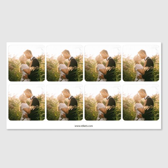 Etiquetes quadrades amb foto per a casaments