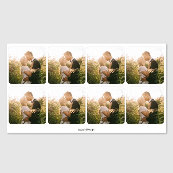 Etiquetas quadradas com foto para casamentos