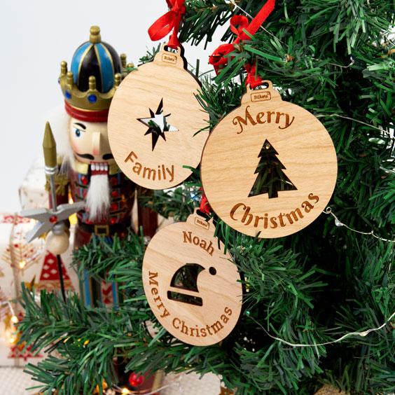 Palle di Natale in legno personalizzate con icona
