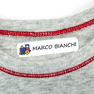 Etichette piccole per vestiti