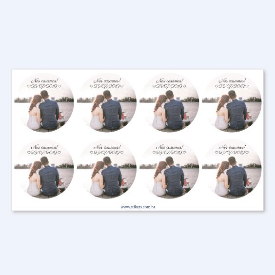 Etiquetas redondas com foto para casamentos