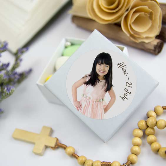 Round photo stickers for 1st Communion  favours