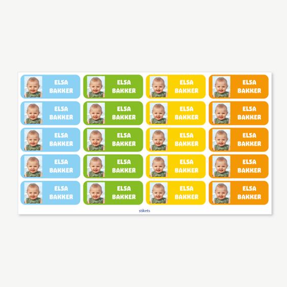 Middelgrote naamstickers met foto