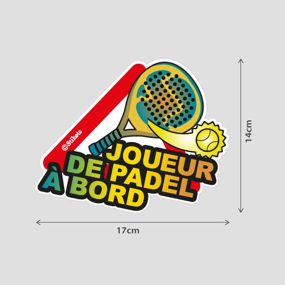 Joueur de Padel à bord B