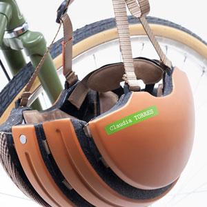 Enganxines per a cascos i accessoris adults