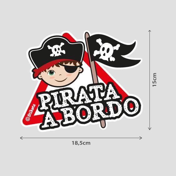 Niño pirata a bordo b