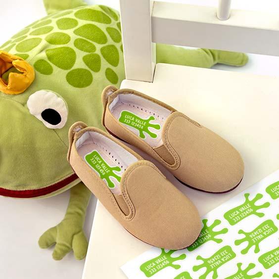 Etichette per scarpe con l'impronta di animale