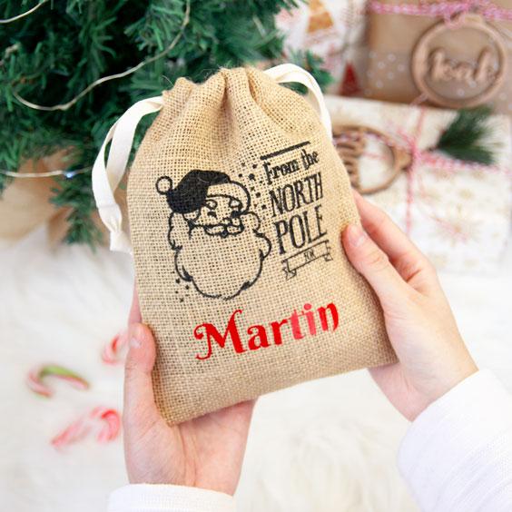 Kleiner personalisierter Weihnachtsmann-Sack
