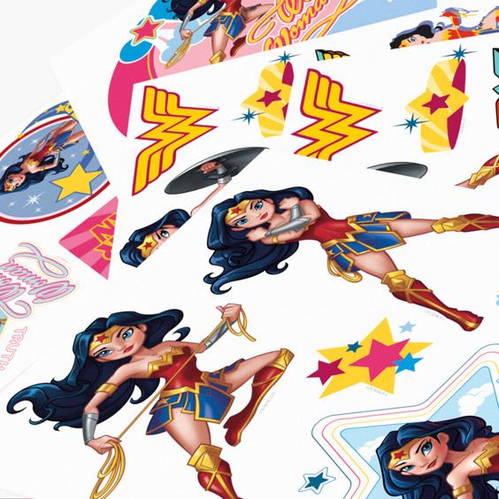 Wonderwoman Personalizowane naklejki ścienne